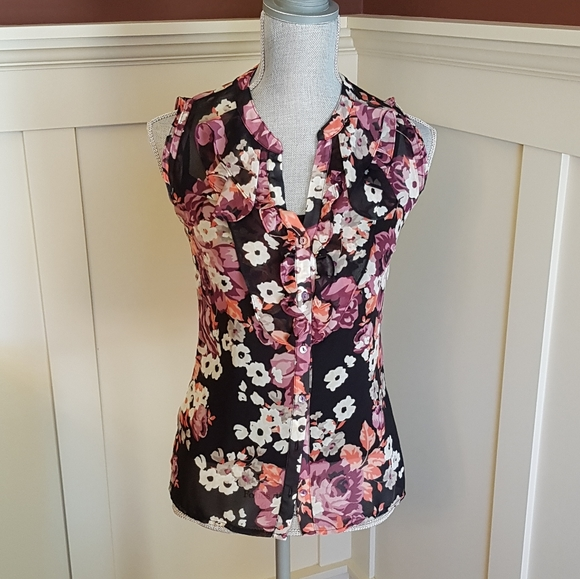 Floral Sleeveless Blouse from Le Chateau